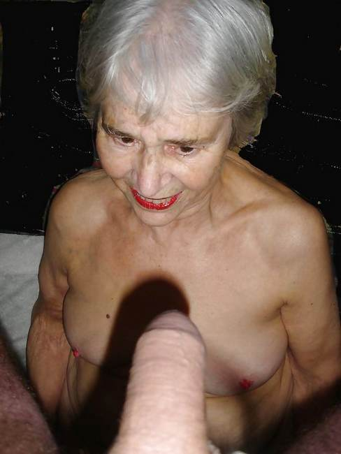 vieille mamie sexe seins geants