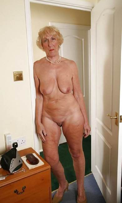 photo vieille nue escort languedoc